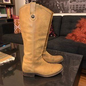 FRYE 6.5 women's suede boots
